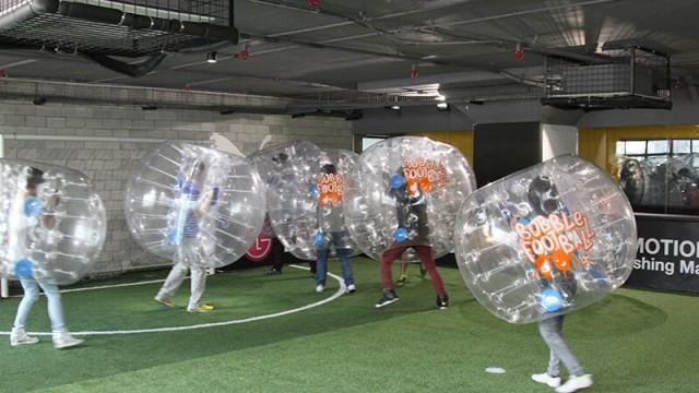 泡泡足球對對碰 Bubble Football